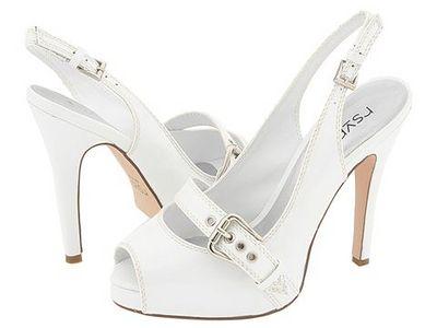 White-Shoes.jpg.fd071c88f9e7a3dea6ae940d611840bf.jpg