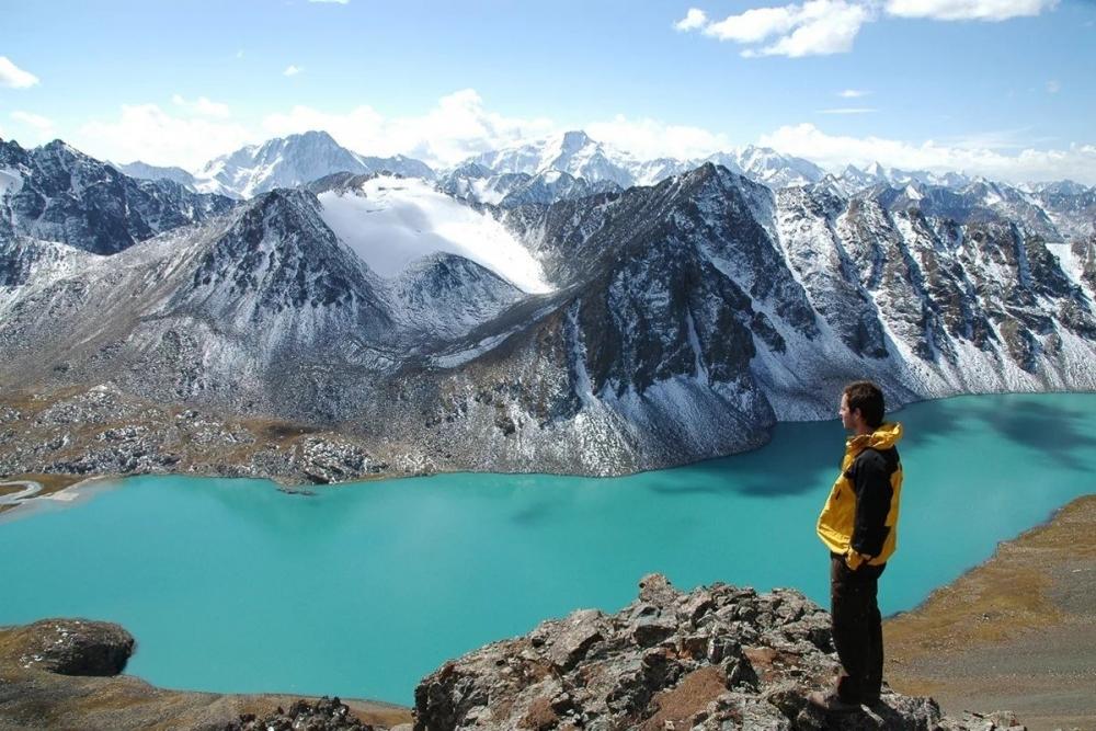 5 запоминающихся мест в Киргизии для отдыха.jpg